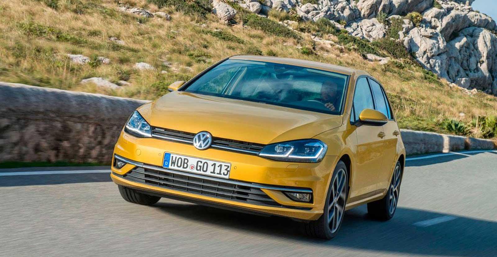 Vokswagen Golf 2017 hatchback 30.000 euros