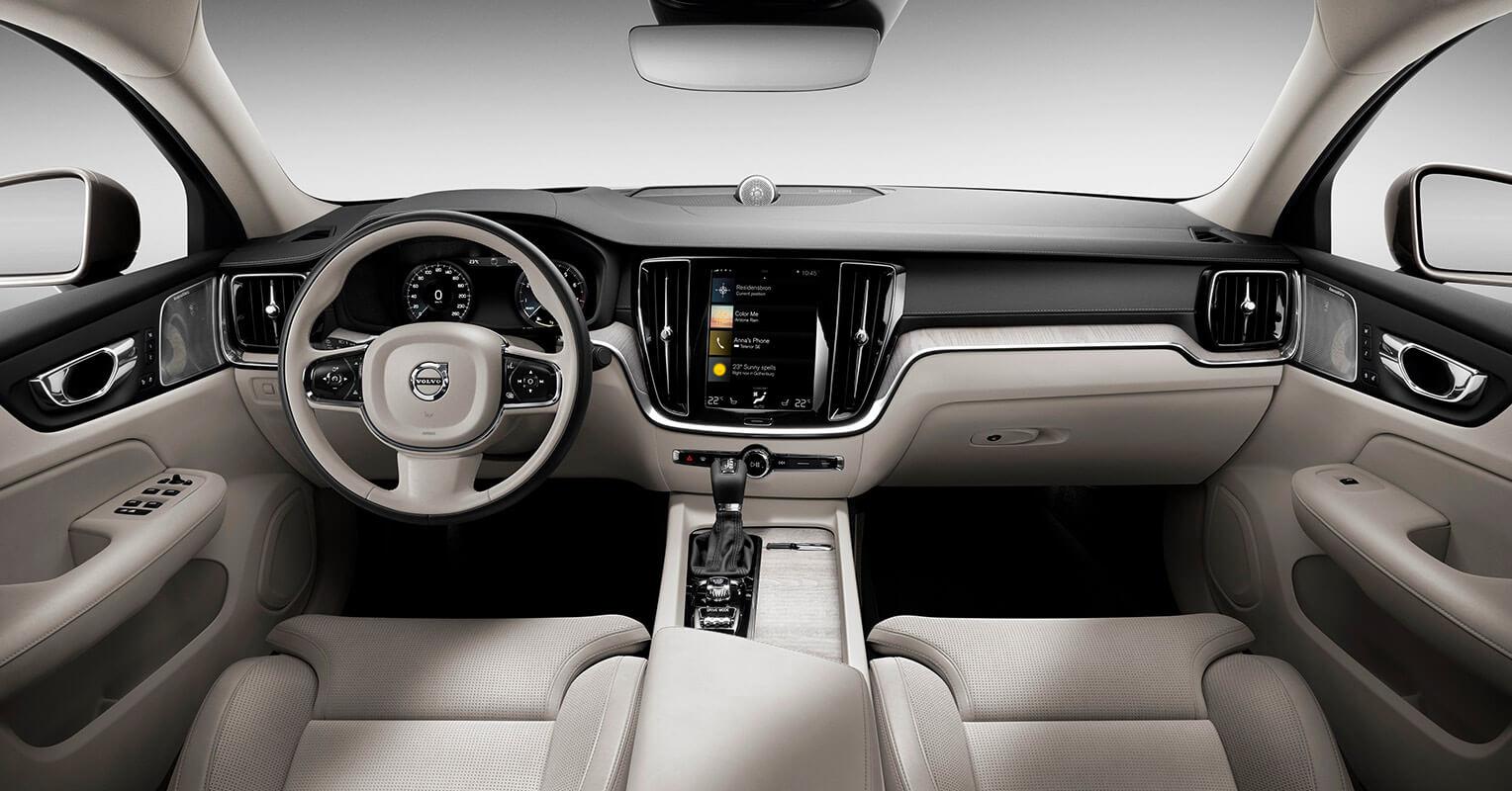 Volvo S60 2019 interior