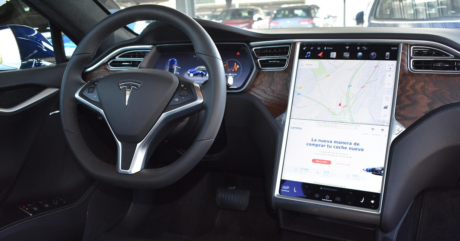 Interior del Tesla Model S 2018