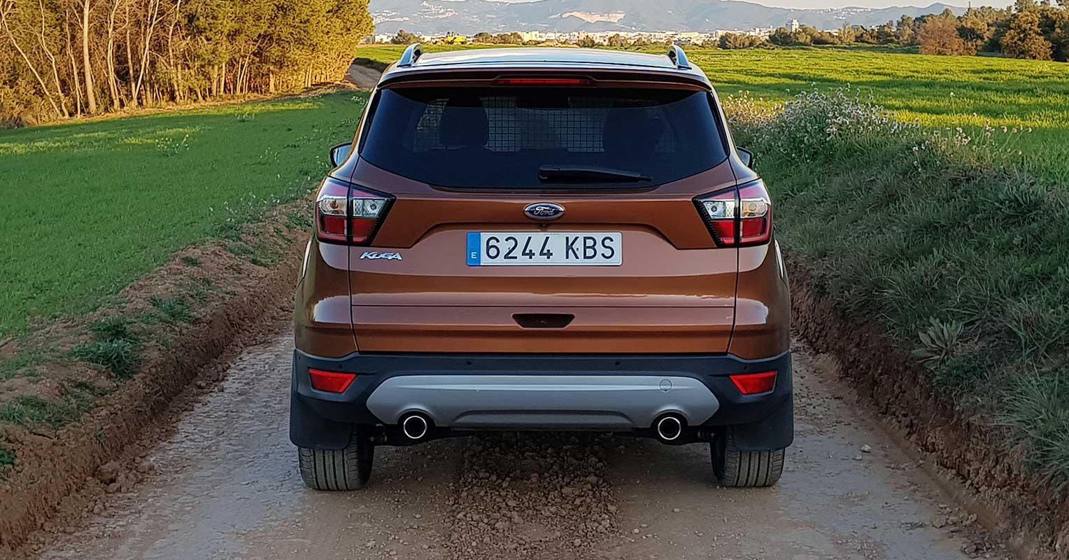 Trasera del Ford Kuga Titanium 2018