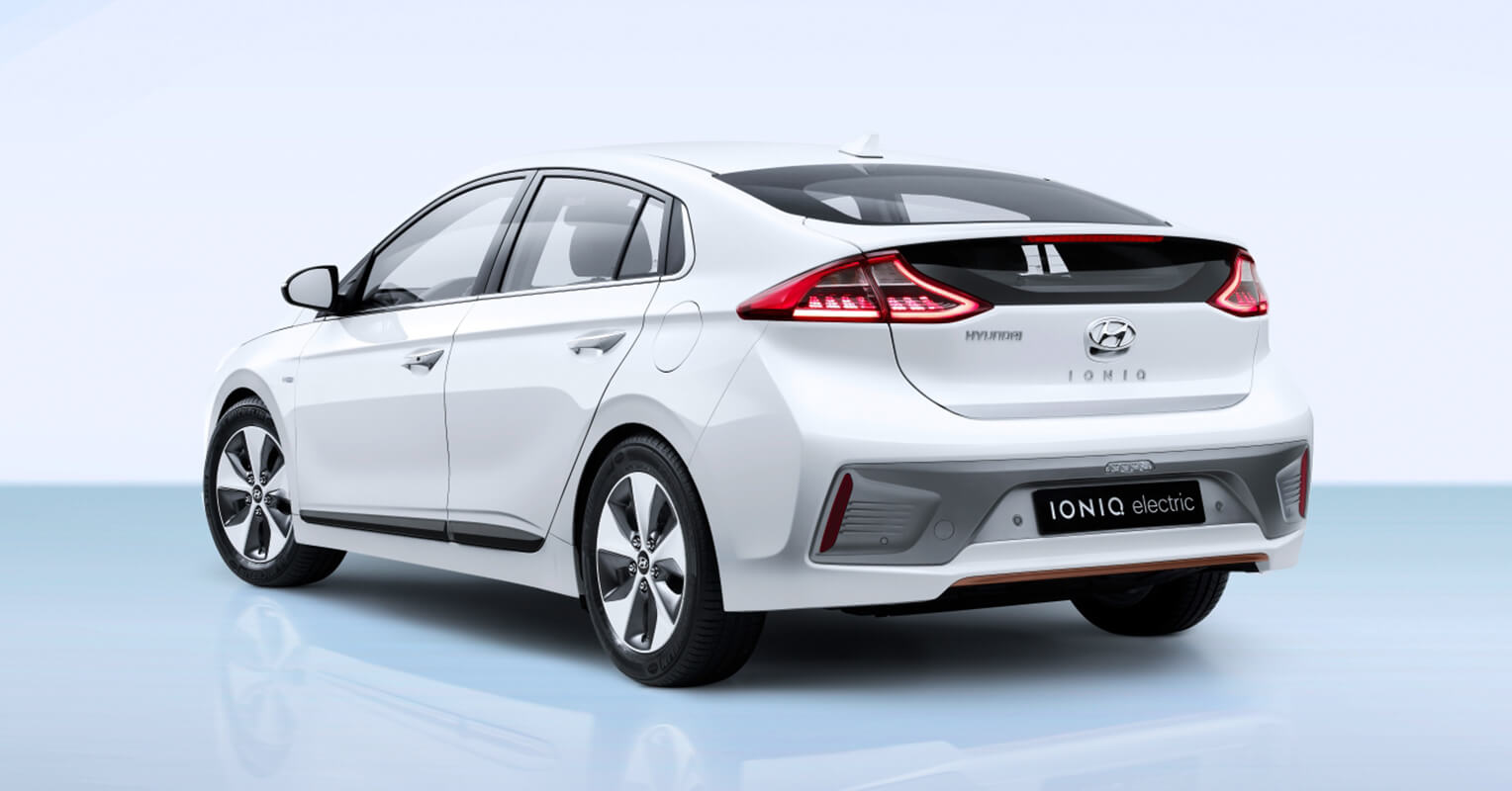 Hyundai Ioniq trasera