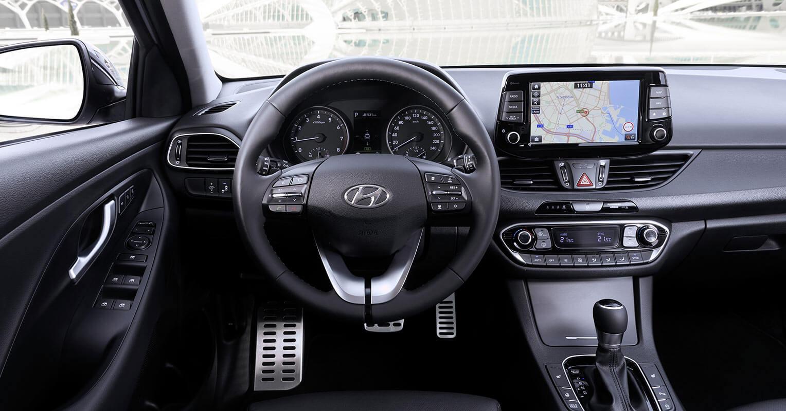 Interior del Hyundai i30 Fastback 2018
