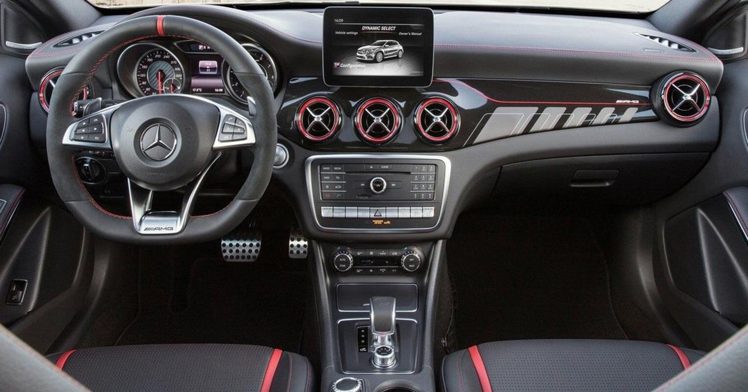 Interior del Mercedes-Benz GLA 2018