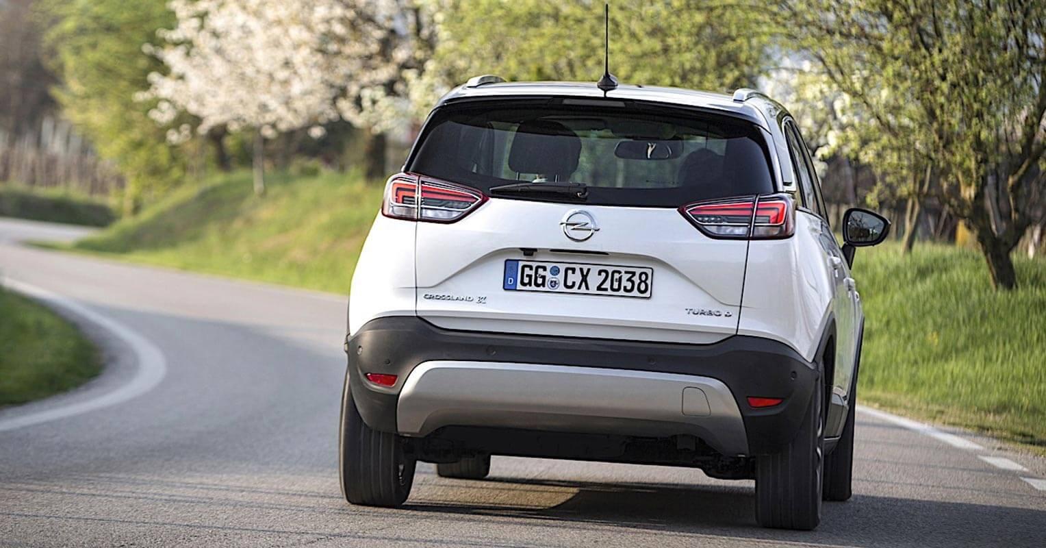 Trasera del Opel Crossland X 2018