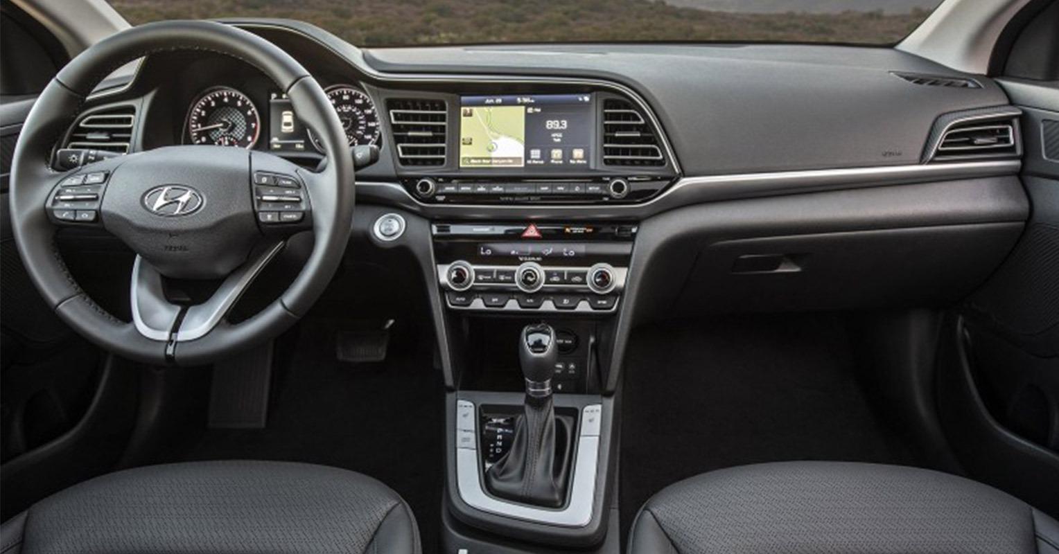 Interior del Hyundai Elantra 2019
